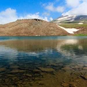 تور صعود به قله آراگاتس ارمنستان  و آشنایی با دریاچه کاری