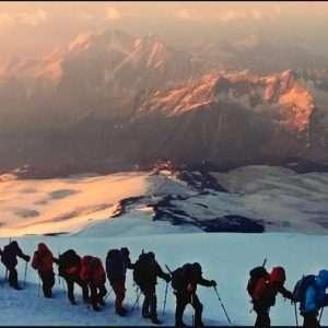 تور صعود به قله البروس و نکات ایمنی که باید بداینم