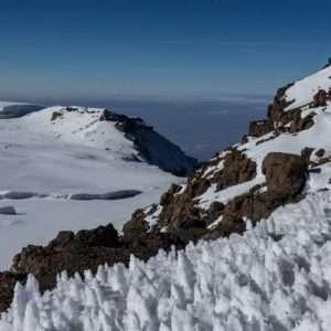تور صعود به قله کلیمانجارو و شناخت بهترین فصل صعود به قله