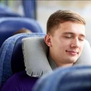 کارهایی که می توانیم برای استراحت  راحت در اتوبوس انجام دهیم